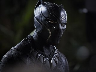 'Black Panther' roars past $700 million