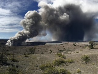 Kilauea volcano's ash cloud reached up 10K feet