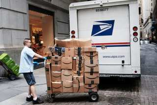 USPS increases stamps price to 55 cents